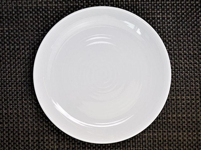 白い食器えでぃー