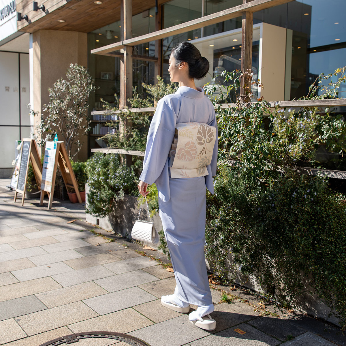 ウォッシャブル江戸小紋【鮫】藤色 お出かけイメージ