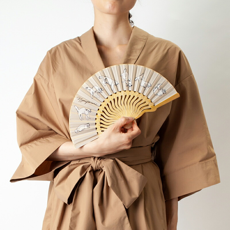 扇子【にゃんぱらり】ベージュ/扇子袋付き