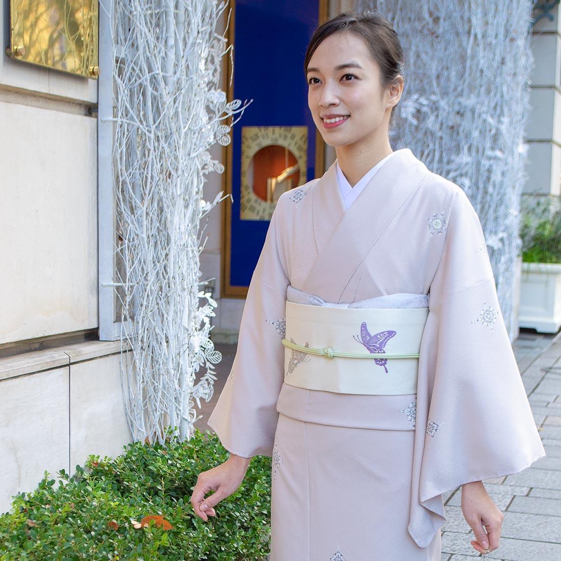 着物屋くるり 名古屋帯 刺繍 牡丹と蝶