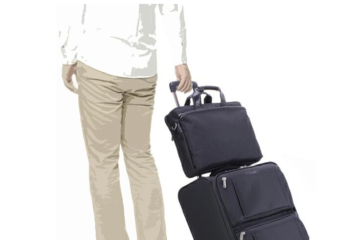 メンズビジネスバッグ 出張に最適 スーツケースに取り付け可能
