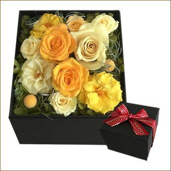 誕生日プレゼントに枯れない花プリザーブドフラワーアレンジメントS