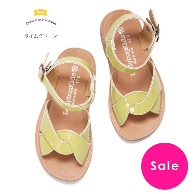 日本の靴職人が丁寧につくったキッズサンダル