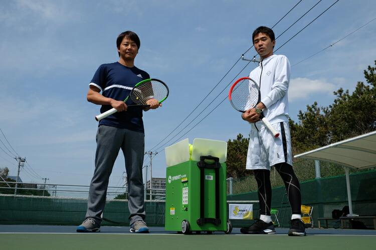 テニスボール球出しマシン