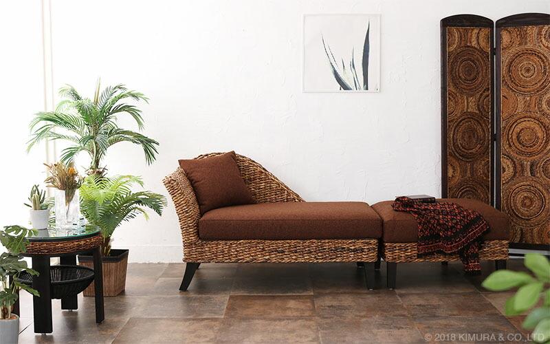 アジアン、ナチュラルどんなスタイルのお部屋にもオススメのソファです。