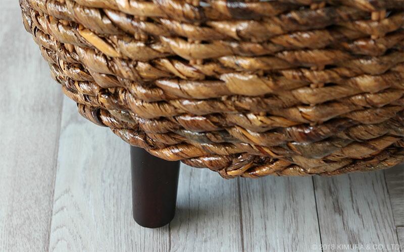アジアン家具、バナナリーフ、アバカ素材のインテリアが豊富な品揃え