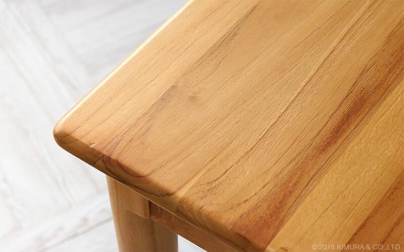 世界三大銘木のチーク無垢木製のインテリア