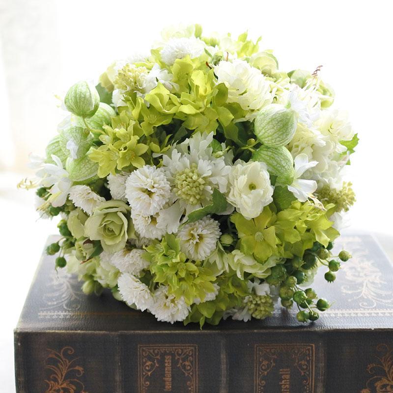 【ラウンドブーケ】グリーンベルとホワイト&グリーン小花のラウンドブーケ