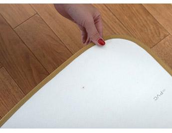 安心・安全な日本製。裏面はガラス基材仕様で床を守ります。<br>※滑り止めはついておりません。別売りです。