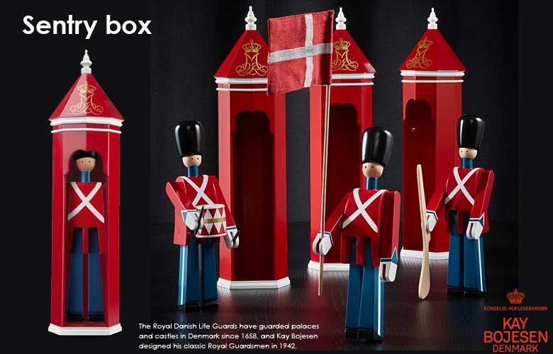 Kay Bojesen(カイ・ボイスン)衛兵待機小屋,sentry box,木製オブジェ デンマーク,北欧デンマーク