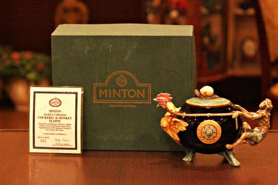 英国製 MINTON MAJOLICA(ミントン・マジョリカ) サルとニワトリのティーポット 復刻品