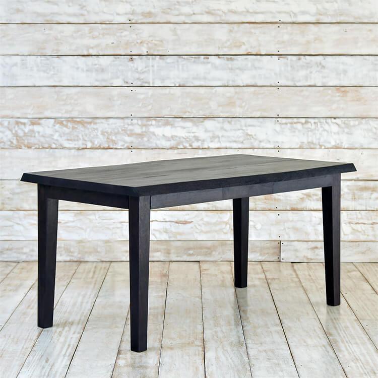 高級木材チークを贅沢に使用したテーブル