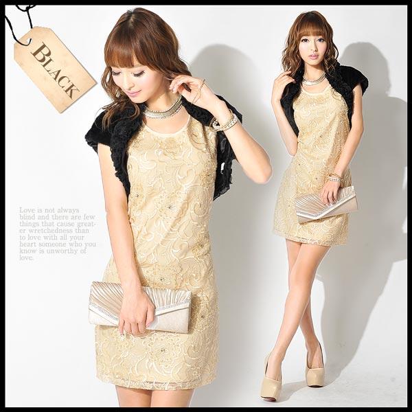 大人な雰囲気溢れるブラックボレロには、ゴールドやベージュ系のタイトなドレスと合わせるのがおすすめ。 大ぶりのゴールド系のアクセサリー等と合わせるのもGOOD♥