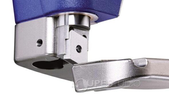 高合金冷間圧延鋼板製の刃
