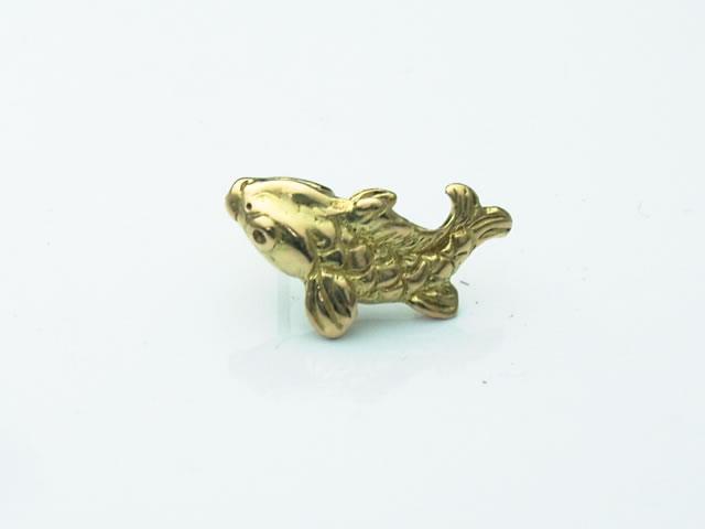 18金製の鯉ピアス