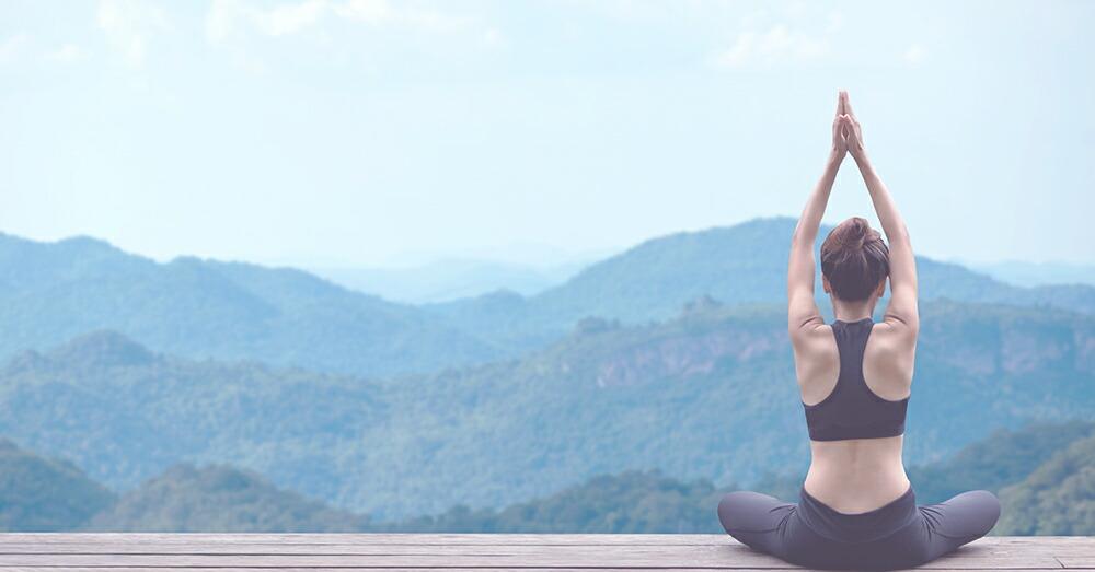 瞑想・マインドフルネスとヨガの違いと実践方法