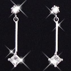K18WG ダイヤモンド ピアス