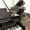 ヤマハ グランドピアノ2台ルーム 新館サロンにて演奏が出来ます!