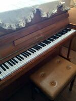 ニーマイヤー ピアノ 中古