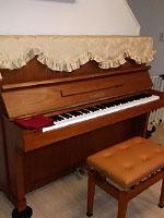 ヤマハピアノ W103