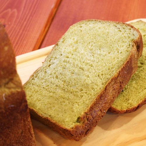 優しい甘さの抹茶ミルク食パン