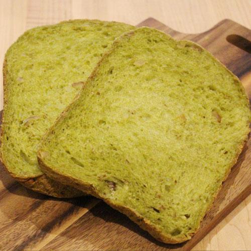 はるゆたかブレンドプレミアム7を使った抹茶クルミ食パン