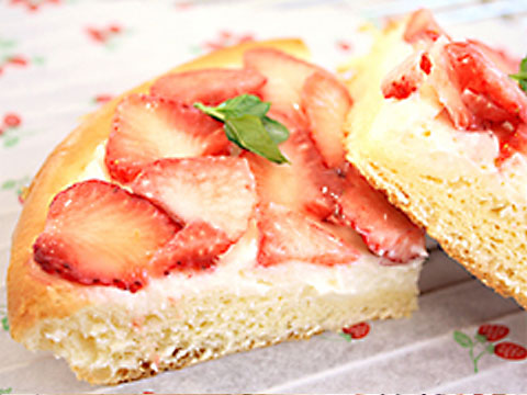 苺とクリームチーズのパンタルト