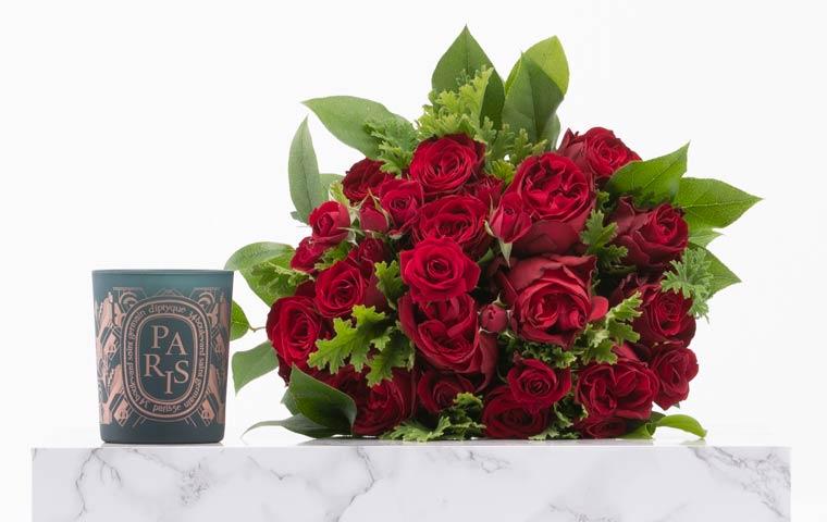 新年に初めに薔薇を渡してプロポーズをする人が多いってご存知でしたか?