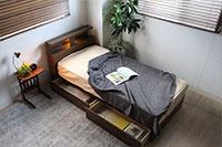 ベッドルーム家具