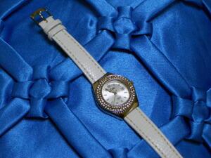 時計ベルトをモレラートのサクソーに交換したFollie Follie