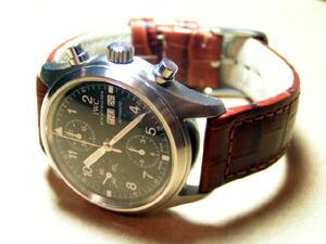時計ベルトをモレラートのボテロに交換したIWC フリーガークロノ