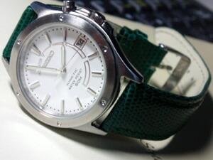 時計ベルトをモレラートのビオリノに交換したキSEIKO KINETIC