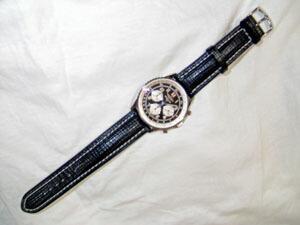 時計ベルトをモレラートのティポブライトリングクオイオに交換したブライトリング ナビタイマー92