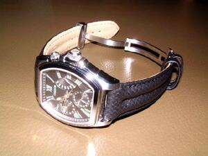 時計ベルトをモレラートのスピードに交換したクレドールパシフィーク