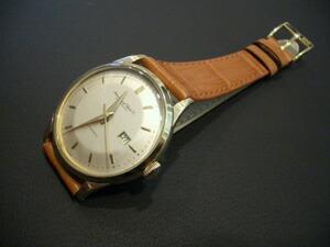 時計ベルトをモレラートのティポパテックに交換したIWC オートマチック(1960年代製)