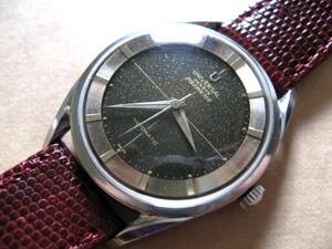 時計ベルトをモレラートのピストイアに交換したUniversal Geneve Polerouter
