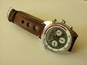 時計ベルトをモレラートのジョットに交換したマセイティソクロノグラフ