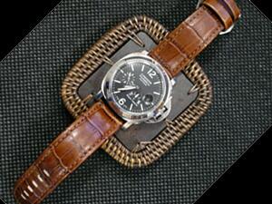 時計ベルトをモレラートのボテロに交換したPANERAI LUMINOR