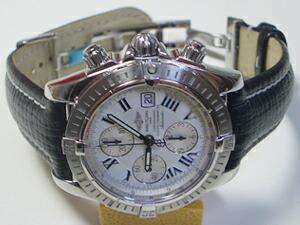 時計ベルトをモレラートのティポブライトリングクオイオに交換したブライトリング クロノマット・エボリューション