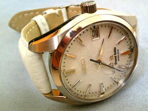 時計ベルトをモレラートのカルドゥッチに交換したGSスプリングドライブ(SBGA011)