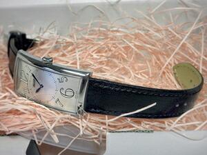 時計ベルトをモレラートのサクソーに交換したティソ・バナナウオッチT56.1.652.32