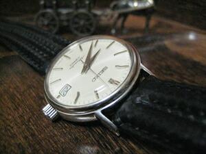 時計ベルトをモレラートのスピードに交換したSEIKOメカニカル