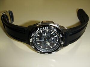 時計ベルトをモレラートのMARINERに交換したカシオ オシアナスOCW-650T