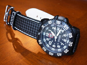 時計ベルトをモレラートのバイキングに交換したLUMINOX3050
