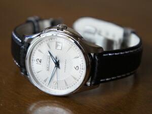時計ベルトをモレラートのバイキングに交換したハミルトン ジャズマスタ− ビュ−マチック