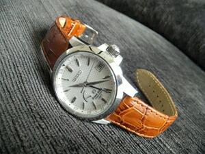 時計ベルトをモレラートのボーレに交換したグランドセイコーSBGE009
