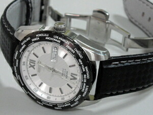 時計ベルトをモレラートのバイキングに交換したセイコー5SNZG63K1
