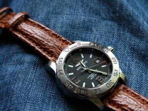 時計ベルトをモレラートのオンタリオに交換したブライトリング COLT44