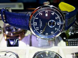 時計ベルトをモレラートのカイトに交換したHAMILTON KHAKI NAVY PIONEER H78455543