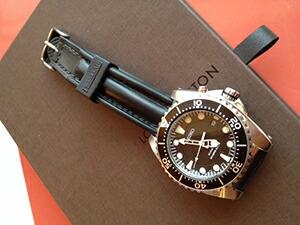 時計ベルトをモレラートのケイマンに交換したSEIKO(SBCZ 011)